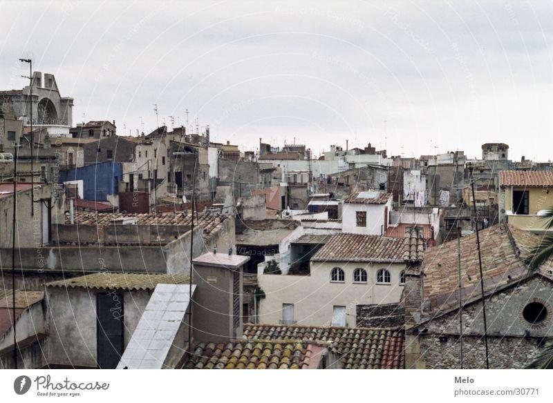über den dächern von... Stadt Haus Europa Dach Dorf Spanien Antenne