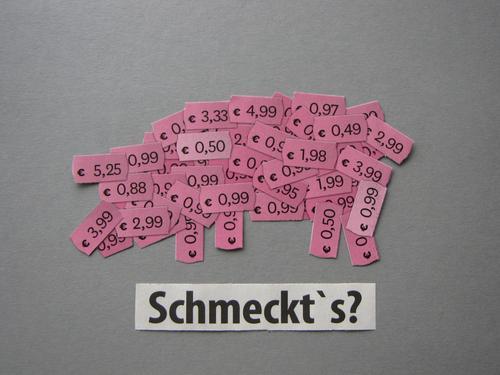 Schmeckt´s? weiß Tier Lebensmittel Essen Gefühle grau rosa Ernährung Schriftzeichen Kommunizieren Schilder & Markierungen kaufen Geld Gesellschaft (Soziologie)