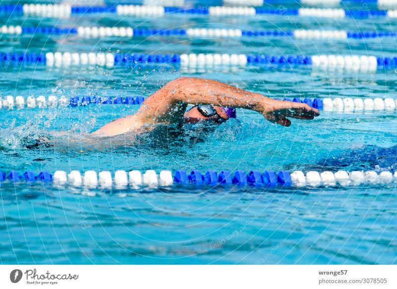 Gesundheit | Sport treiben Thementag Schwimmende Triathlon Freizeitsport Breitensport Hallenbad wettkampf Fitness