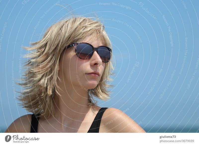 Fantastic summer hairstyle Mensch Jugendliche Junge Frau Sommer blau schön Sonne Leben feminin Mode 13-18 Jahre blond Erfolg Schönes Wetter einzigartig Coolness