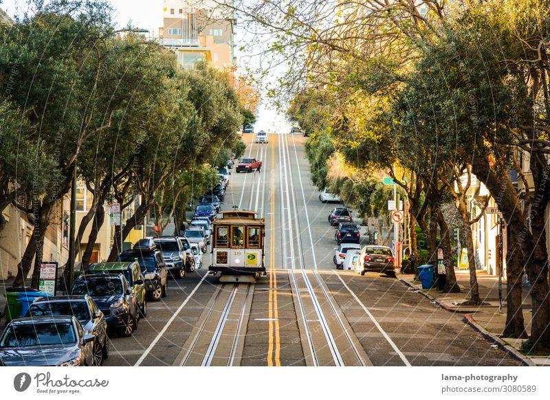 ups and downs Tourismus Sightseeing Städtereise San Francisco Kalifornien USA Amerika Sehenswürdigkeit Verkehrsmittel Personenverkehr
