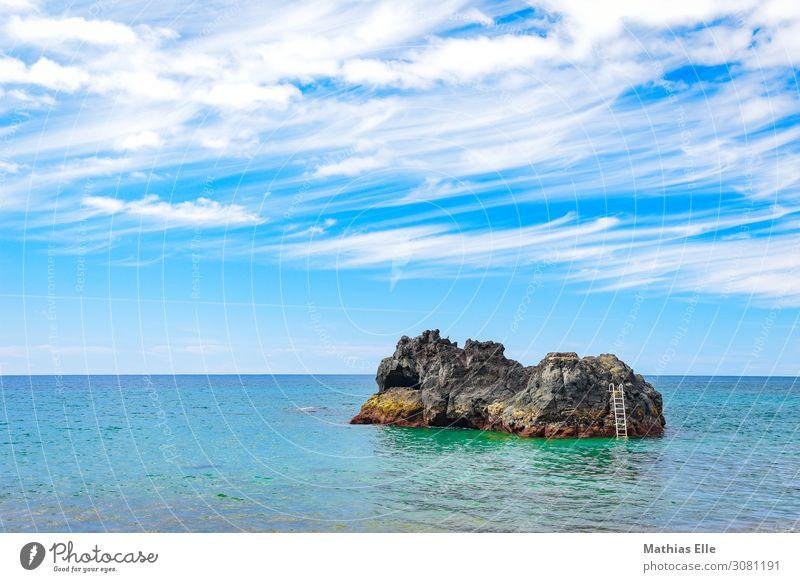 Kleine Insel auf den Azoren Himmel Ferien & Urlaub & Reisen Sommer blau Wasser Sonne Meer Erholung Wolken Strand Umwelt Küste Tourismus Schwimmen & Baden braun