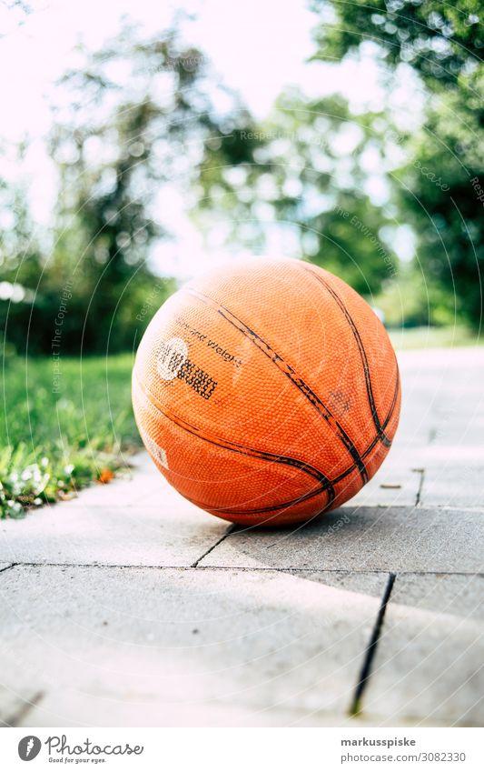 Basketball Lifestyle sportlich Fitness Freizeit & Hobby Spielen Kinderspiel Sommer Sonne Sport Sportler Sportmannschaft Erfolg Verlierer Basketballkorb