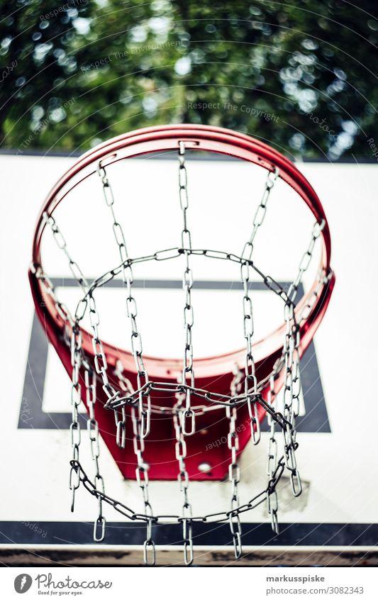 Street Basketball Korb Lifestyle Freude Glück sportlich Fitness Freizeit & Hobby Spielen Sommer Sport Sportler Erfolg Verlierer Basketballkorb Basketballplatz
