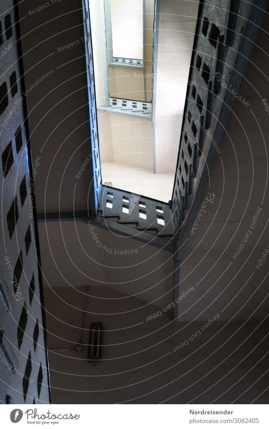 Altes Treppenhaus Wohnung Umzug (Wohnungswechsel) Innenarchitektur Raum Haus Bauwerk Gebäude Architektur Mauer Wand Häusliches Leben Einsamkeit stagnierend