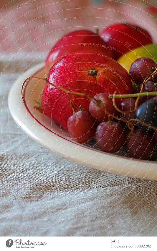 Trauben, Granatapfel und Äpfel in der Schale Lebensmittel Frucht Ernährung Bioprodukte Vegetarische Ernährung Diät Fasten Schalen & Schüsseln Gesundheit