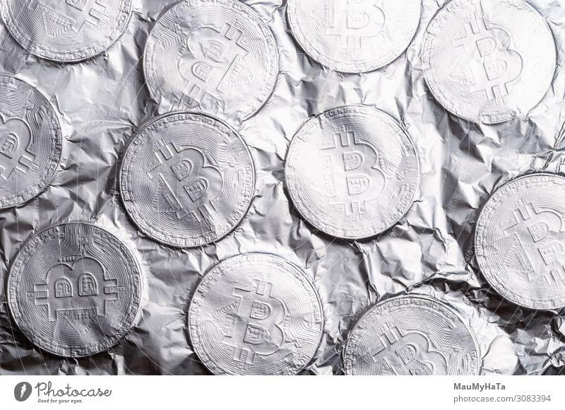Silberne Bitmünze auf weißem Hintergrund. Design Geld sparen Wirtschaft Kapitalwirtschaft Geldinstitut Business Computer Internet Kunst Sammlung Metall alt