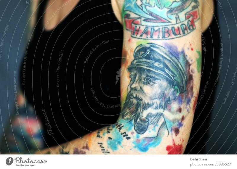 a smooth sea never... Frau Erwachsene Körper Frauenbrust Arme 30-45 Jahre außergewöhnlich schön Tattoo Hamburg Seemann beeindruckend Mut selbstbewußt Kunst