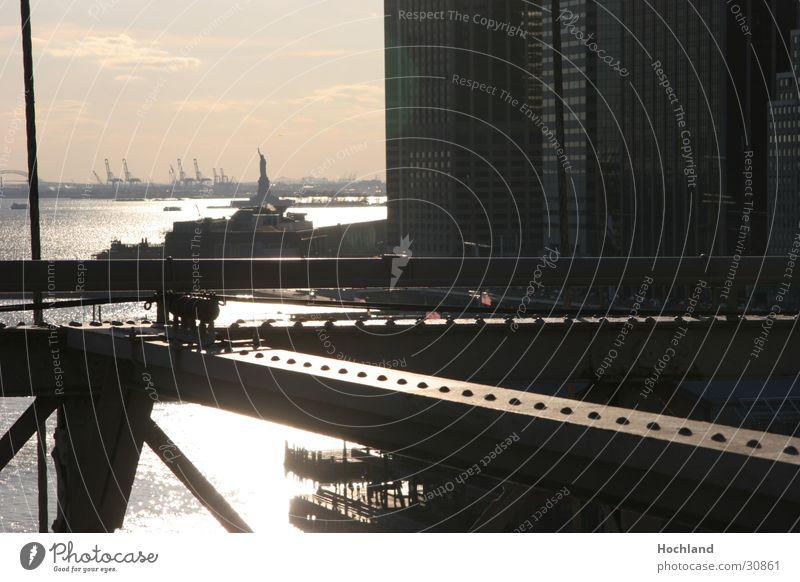 New York Architektur New York City Abenddämmerung Niete Freiheitsstatue Manhattan Stahlträger Brooklyn Bridge