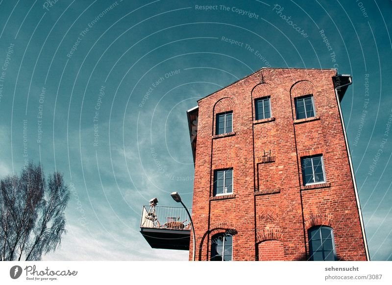 skyline gadebusch Himmel Fenster Architektur Skyline Balkon Straßenbeleuchtung Mecklenburg-Vorpommern Mühle Dachgiebel