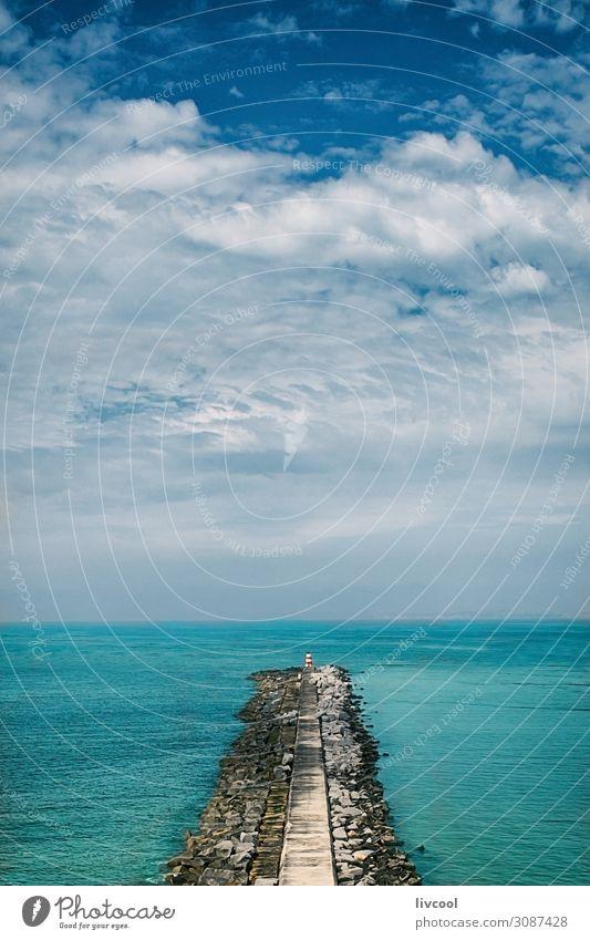 Ferien & Urlaub & Reisen Natur schön Wasser Landschaft Meer Wolken ruhig Freude Frühling Gefühle Küste Tourismus Freiheit Felsen Wasserfahrzeug