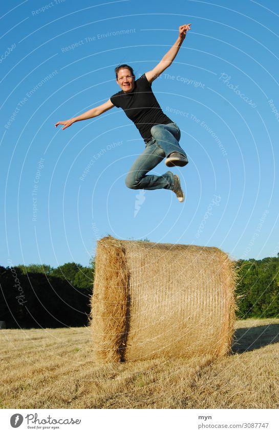 Sprung Freizeit & Hobby Spielen Ferien & Urlaub & Reisen Ausflug Abenteuer Sport Fitness Sport-Training Erfolg Mensch feminin Junge Frau Jugendliche Erwachsene