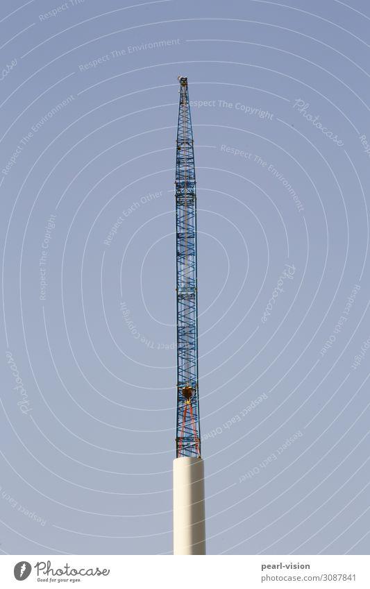 aufbauen #2 Kran Technik & Technologie Erneuerbare Energie Windkraftanlage groß hoch Farbfoto Außenaufnahme Tag