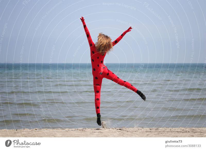 Glück für alle! :) Mädchen Junge Frau Jugendliche Leben 1 Mensch 8-13 Jahre Kind Kindheit 13-18 Jahre Strand langhaarig Fröhlichkeit Lebensfreude einzigartig
