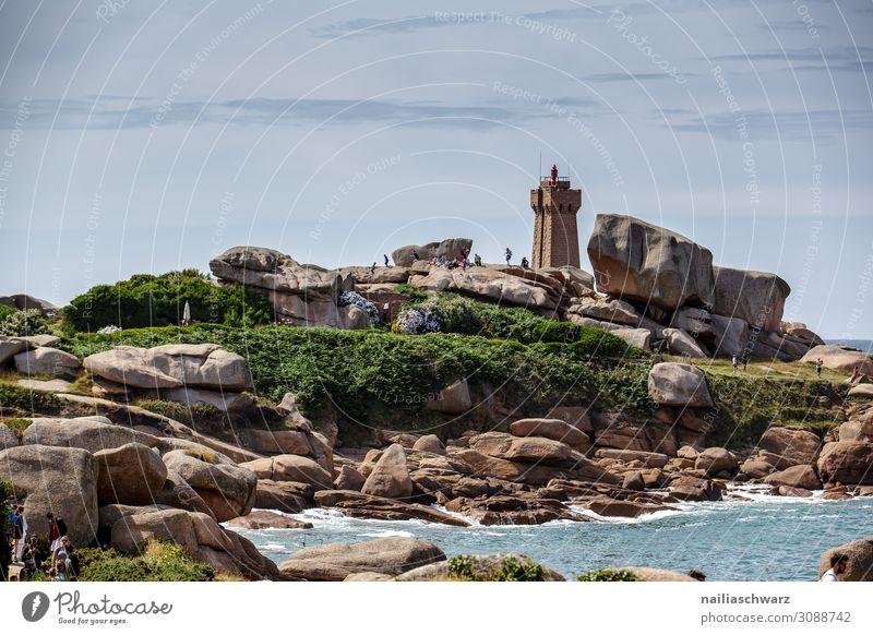 Leuchtturm, Rosa Granit Küste Lifestyle Ferien & Urlaub & Reisen Tourismus Ausflug Abenteuer Ferne Sommer Sommerurlaub Strand Umwelt Natur Landschaft Efeu