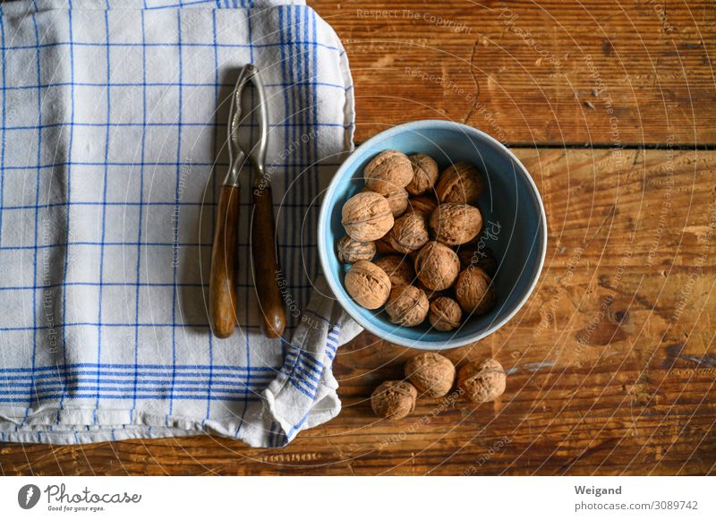 Nüsse Lebensmittel Ernährung Bioprodukte Vegetarische Ernährung Fasten Slowfood Tisch Duft einfach Leidenschaft Nuss Nussknacker Weihnachten & Advent