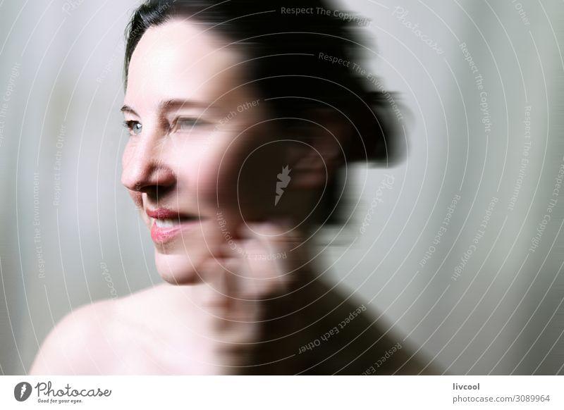 Frische Schönheit III, Europa Lifestyle schön Gesicht Erholung Mensch Frau Erwachsene Denken frisch Gelassenheit reif Sinnlichkeit lieblich Senior Licht Posen
