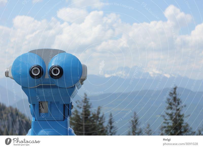 Fernrohr, das  aussieht wie ein Gesicht, steht an einem Aussichtspunkt in den Bergen Umwelt Natur Landschaft Pflanze Himmel Wolken Sommer Schönes Wetter Baum