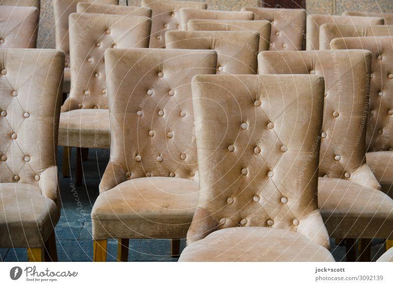 Reihen von neuen Stühlen Design Handel Dekoration & Verzierung Sammlung Polster Sitzgelegenheit Nieten Stuhl Strukturen & Formen elegant viele Einigkeit