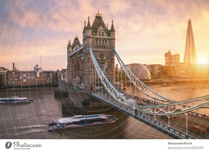 The london Tower bridge at sunrise Ferien & Urlaub & Reisen Sightseeing Tower (Luftfahrt) schön Tower Bridge London Großstadt london tower architecture