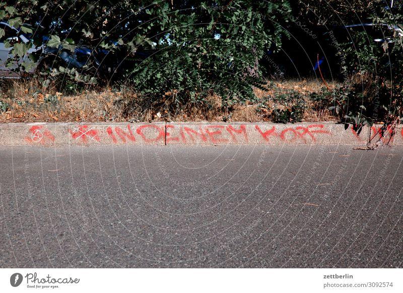 IN DEINEM KOPF Parole Information Mitteilung Graffiti taggen Schlagwort behauptung Faschist neonazi Hakenkreuz verfassungsfeindliche organisation
