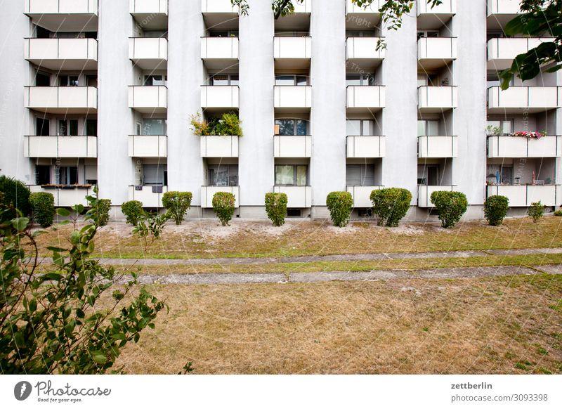 Neubau (quer) Architektur Berlin Großstadt Haus Hochhaus Stadtzentrum Vorstadt reinickendorf siemensstadt modern Block Plattenbau Etage Mehrfamilienhaus