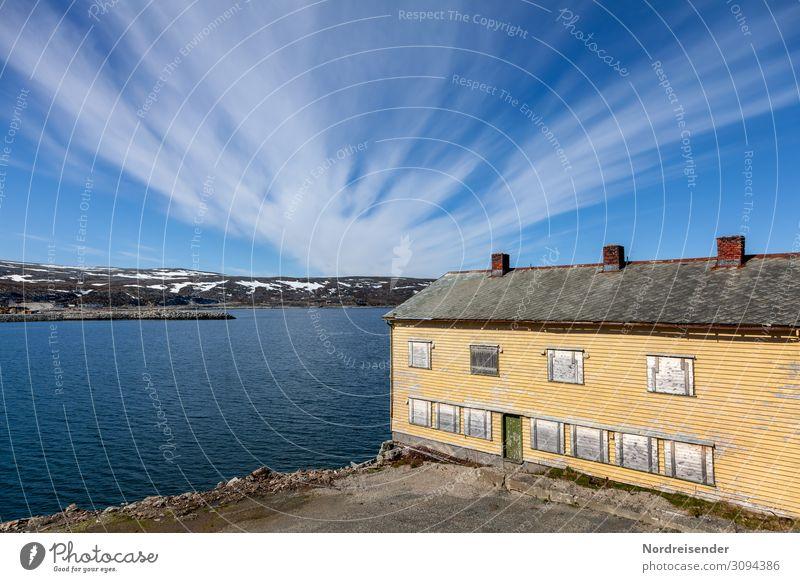 Lagerhaus in Kjøllefjord Ferien & Urlaub & Reisen Tourismus Ferne Meer Natur Landschaft Himmel Wolken Schönes Wetter Berge u. Gebirge Küste Fjord Kleinstadt