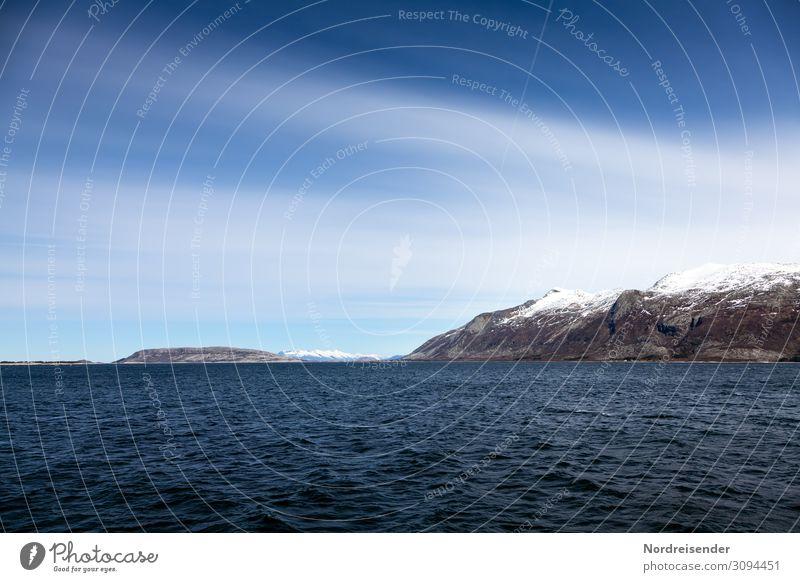 Kühle Schönheit Himmel Ferien & Urlaub & Reisen Natur blau Wasser Landschaft Meer Wolken Ferne Berge u. Gebirge Küste Tourismus Freiheit Felsen Wellen Insel