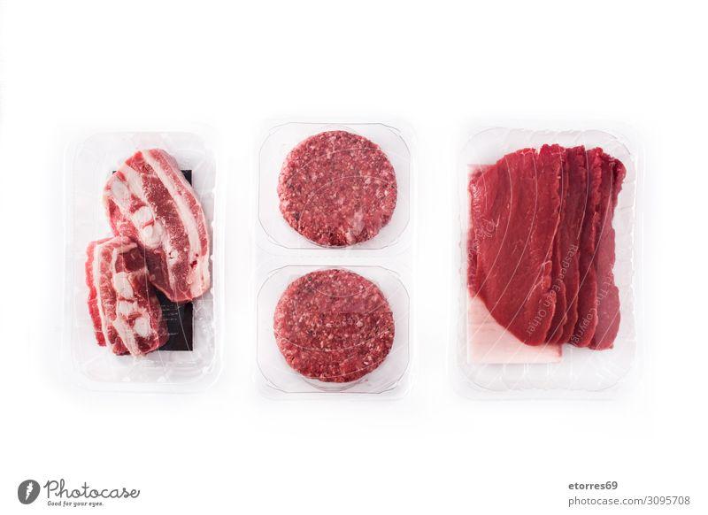 Unterschiedliche Fleischsorten, verpackt in isolierten Kunststoffbehältern. Tablett außergewöhnlich Lebensmittel Gesunde Ernährung Foodfotografie