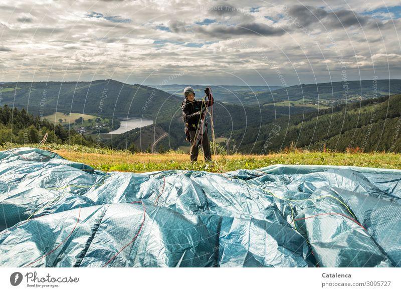 Leinen sortieren Freizeit & Hobby Sport Gleitschirmfliegen Pilot maskulin 1 Mensch Landschaft Wasser Himmel Wolken Horizont Sommer schlechtes Wetter Baum Gras