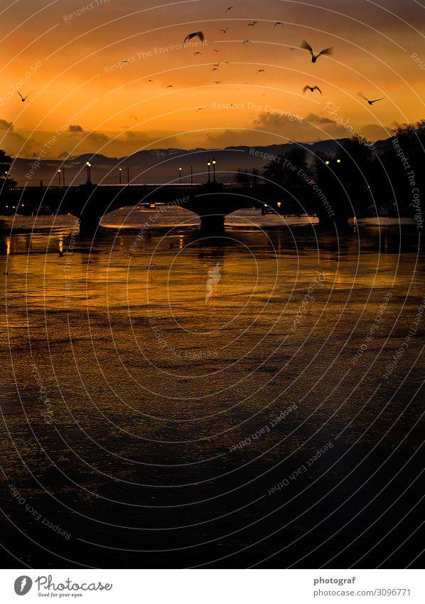 Sonnenaufgang Berge u. Gebirge Umwelt Natur Landschaft Wasser Erde Himmel Sonnenuntergang Sonnenlicht Bauwerk Gebäude Straße Warmherzigkeit Sympathie