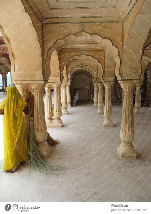 Indien Frau Mensch Ferien & Urlaub & Reisen schön Ferne Architektur Lifestyle Erwachsene gelb Stil Gebäude Tourismus Stimmung Zufriedenheit Körper Abenteuer