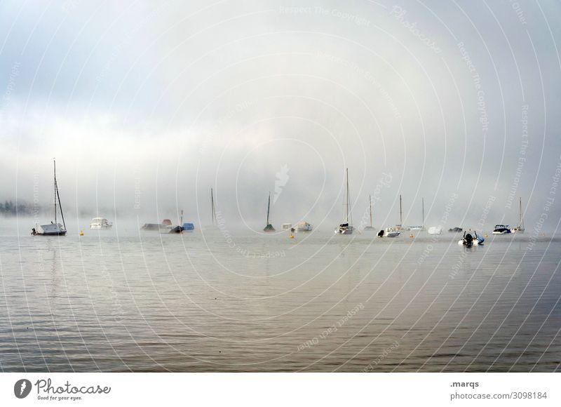 Bodensee Umwelt Natur Urelemente Himmel Wolken Horizont Sommer Herbst Nebel See Schifffahrt Segelboot Erholung Stimmung Idylle ruhig Farbfoto Außenaufnahme