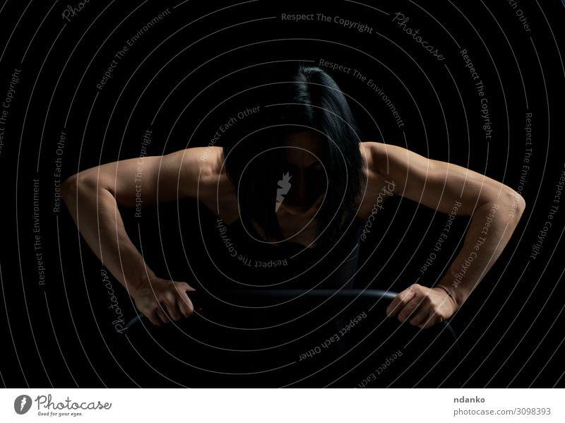 Frau Mensch schön schwarz Lifestyle Erwachsene Sport Mode Körper elegant Kraft Aktion Haut Fitness Energie Körperhaltung