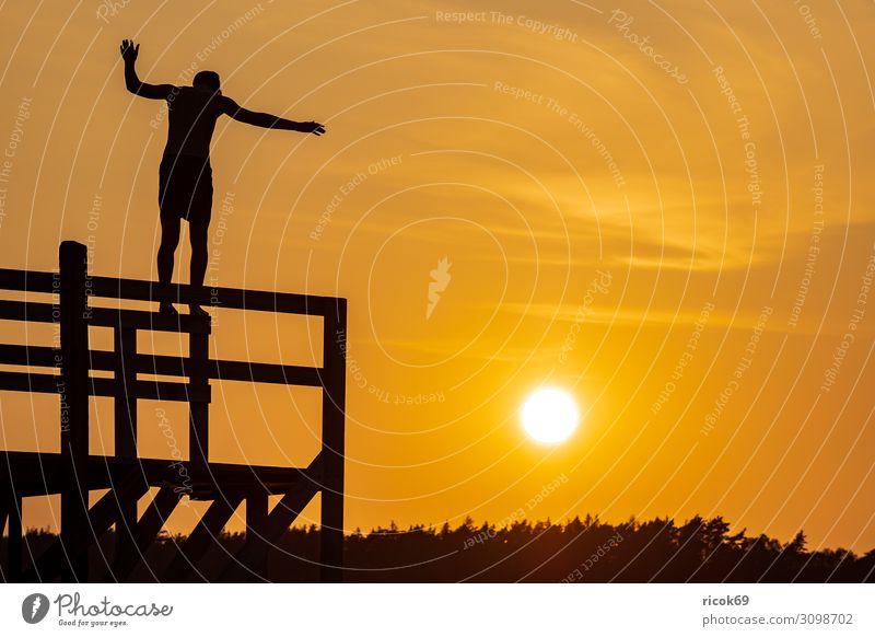 Sonnenuntergang in der Stadt Fjällbacka in Schweden Erholung Ferien & Urlaub & Reisen Tourismus Sommer Meer Insel Natur Landschaft Wasser Wolken Küste Nordsee