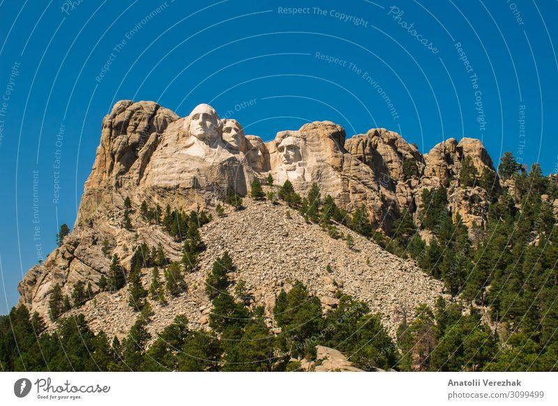 Mount Rushmore Vorderansicht, Labor Day 2018 Gesicht Ferien & Urlaub & Reisen Tourismus Berge u. Gebirge Landschaft Himmel Park Hügel Felsen Denkmal Stein alt