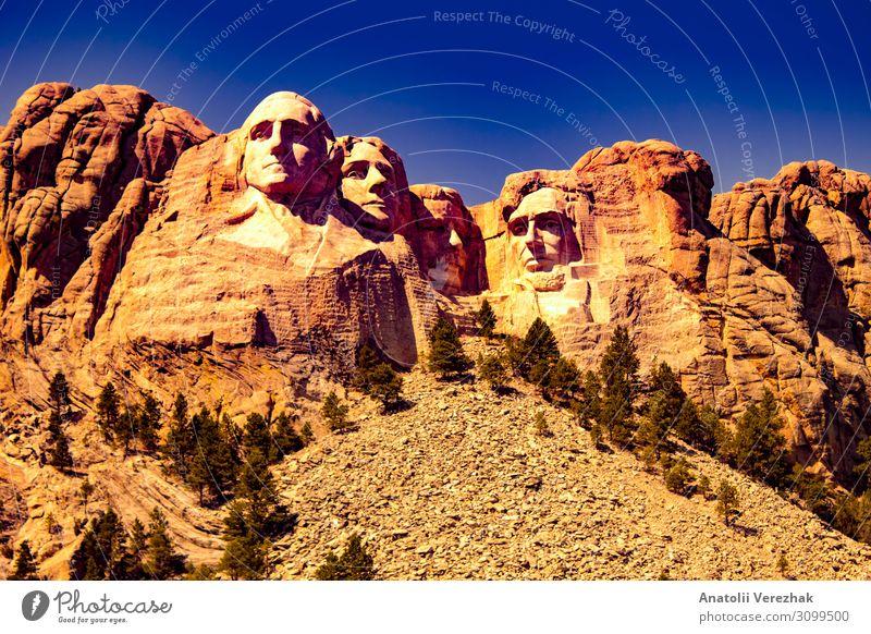 Mount Rushmore Frontansicht Gesicht Ferien & Urlaub & Reisen Tourismus Sightseeing Berge u. Gebirge Landschaft Himmel Park Hügel Felsen Denkmal Stein historisch