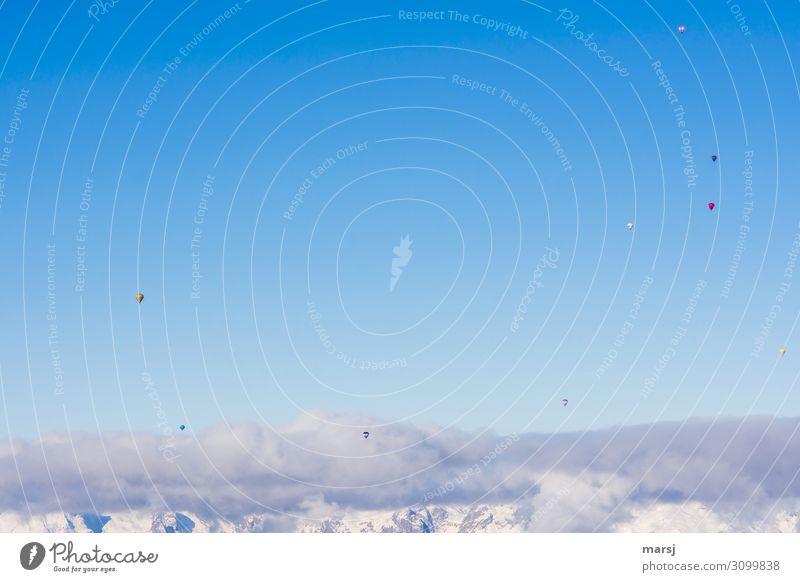 Über den Wolken Freizeit & Hobby Ballone Ballonfahrt Himmel Winter Schönes Wetter fahren fliegen außergewöhnlich Zusammensein Unendlichkeit blau Freiheit