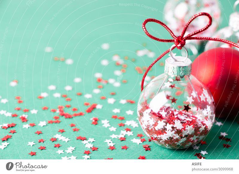 Weihnachtshintergrund mit transparenten Kugeln Winter Dekoration & Verzierung Feste & Feiern Weihnachten & Advent Ball Menschengruppe Ornament glänzend grün rot