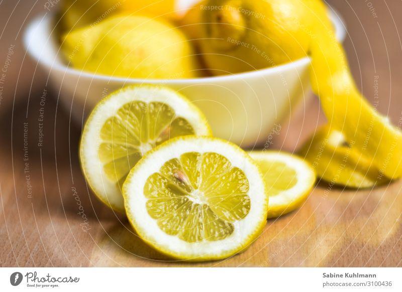 Zitrone Gesunde Ernährung Sinnesorgane Duft Schalen & Schüsseln frisch Gesundheit lecker saftig sauer gelb Farbe Zitrusfrüchte zitronengelb Zitronenschale