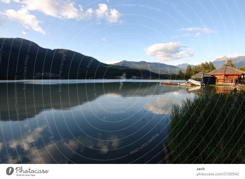 Still ruht der See Himmel Pflanze blau Wasser Landschaft Baum Haus Wolken Wald Berge u. Gebirge Umwelt Küste Sträucher Schönes Wetter Hügel