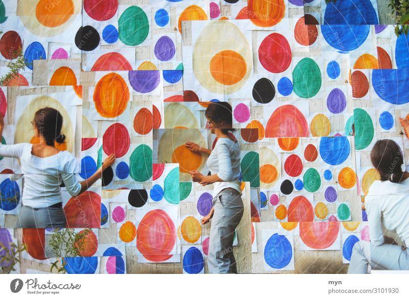 Collage von Frau mit gemalten Eiern im Stil von David Hockney eier Ostern Osterei bunte Eier Lebensmittel mehrfarbig Ostereier weiblich Kunst Feste & Feiern