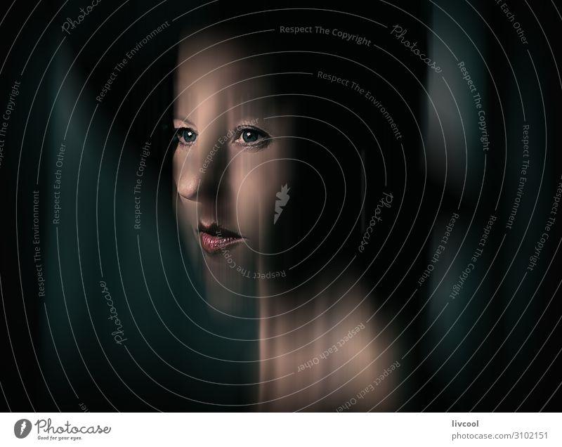 Frau Mensch schön rot Erholung dunkel schwarz Gesicht Auge Lifestyle Erwachsene feminin außergewöhnlich Kopf Denken Europa