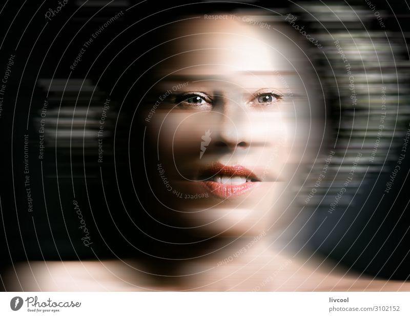 zwischen den Margeriten IV - defokussiert Lifestyle schön Gesicht Erholung Mensch feminin Frau Erwachsene Weiblicher Senior Auge Nase Mund Lippen Zähne 1