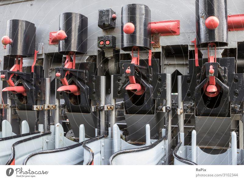 Industriemaschinen Bildung Wissenschaften Arbeit & Erwerbstätigkeit Beruf Arbeitsplatz Fabrik Wirtschaft Landwirtschaft Forstwirtschaft Handel
