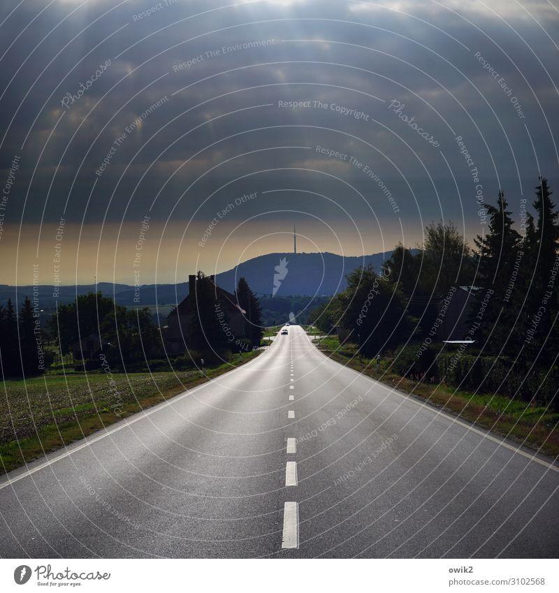 Augen zu und durch Umwelt Natur Landschaft Himmel Wolkenloser Himmel Horizont Schönes Wetter Berge u. Gebirge Löbauer Berg Lausitz Oberlausitz Deutschland