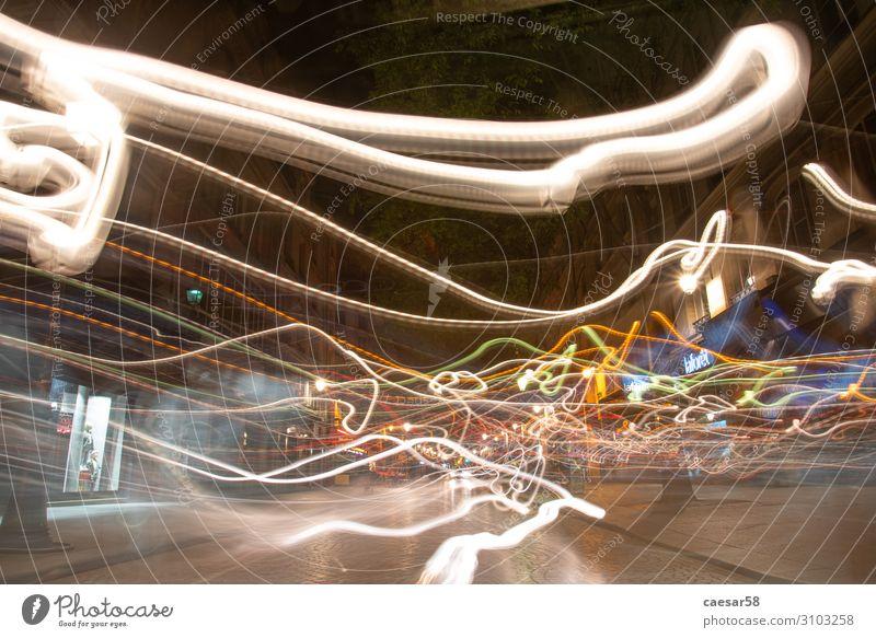 Lichtspiele bei Nacht in Paris Ferien & Urlaub & Reisen Feste & Feiern Frankreich Europa Verkehr Verkehrswege Bewegung leuchten Gefühle Stimmung Glück
