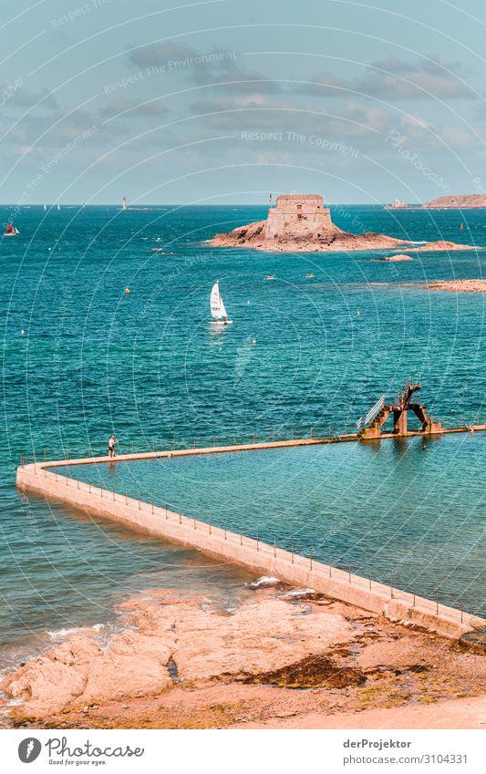 Saint-Malo in der Bretagne Ferien & Urlaub & Reisen blau Meer Freude Ferne Architektur Gebäude Tourismus Freiheit Stimmung Ausflug Insel Abenteuer Coolness