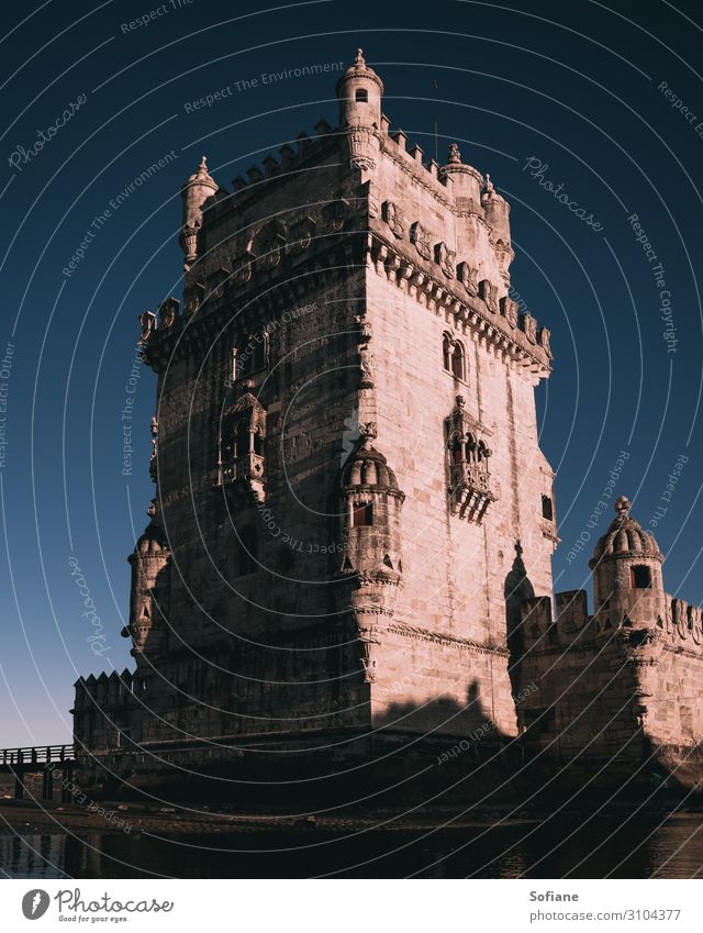Sonnenaufgang über dem Torre de Bélem Ferien & Urlaub & Reisen Tourismus Ausflug Abenteuer Sightseeing Städtereise Sommerurlaub Kultur Denkmal Belém