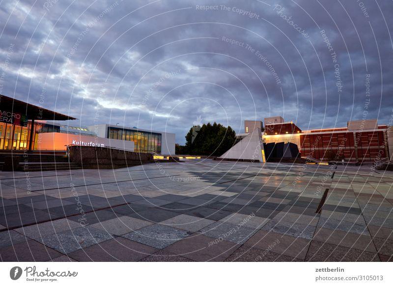 Kulturforum Berlin Architektur avant garde Bauhaus Berliner Philharmonie Fassade hans scharoun Konzert Konzerthalle Konzerthaus Kunst Musik Tourismus